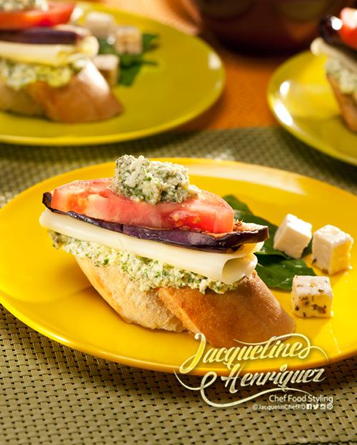 Crostini con berenjenas y mozzarella jaqueline henriquez - Berenjenas con mozzarella ...